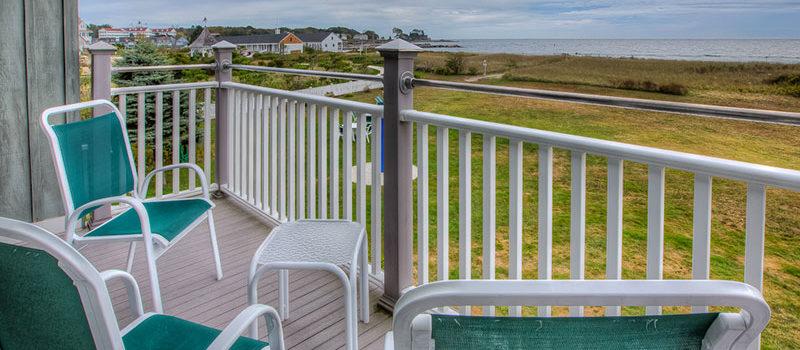 Oceanfront-211-balcony800