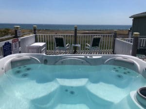 Seaside Inn hot tubs